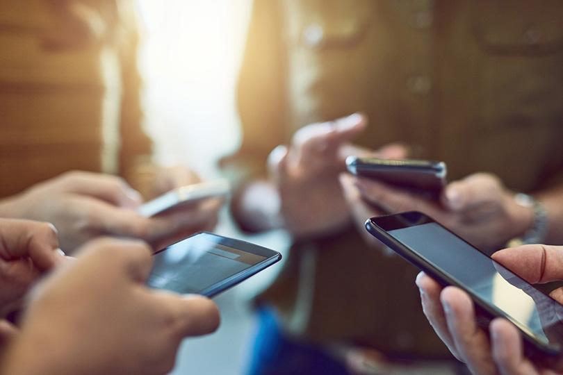 منصات التواصل الاجتماعي.. مزايا ومساوئ