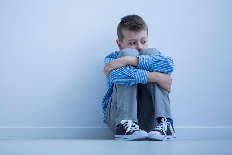 كيف نتعامل مع أطفال التوحد؟