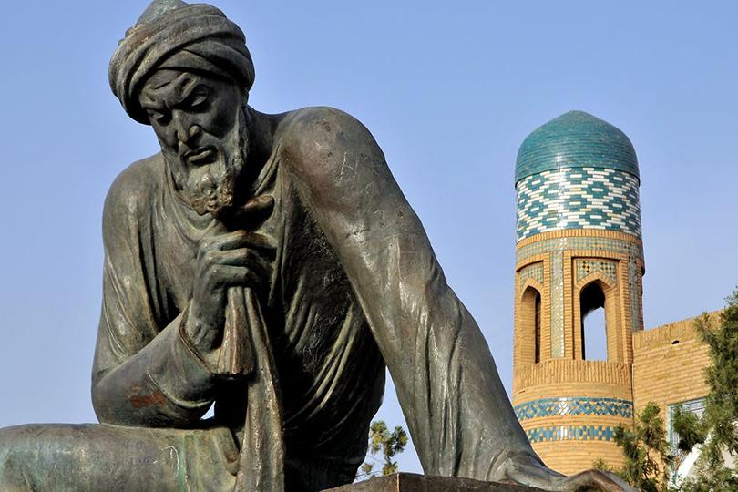 بين الأدب العربي والغربي العالمي.. أين يجد الشباب ضالتهم؟