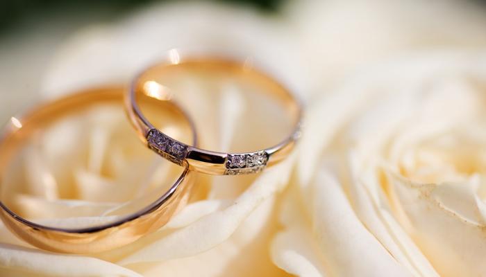 عجائب وغرائب: توأمان يتزوجان دون أن يعرفا بعضهما وينفصلان بعد معرفة الحقيقة