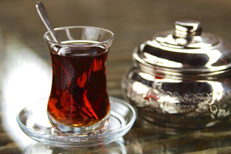لا أُحِبُّ الشاي