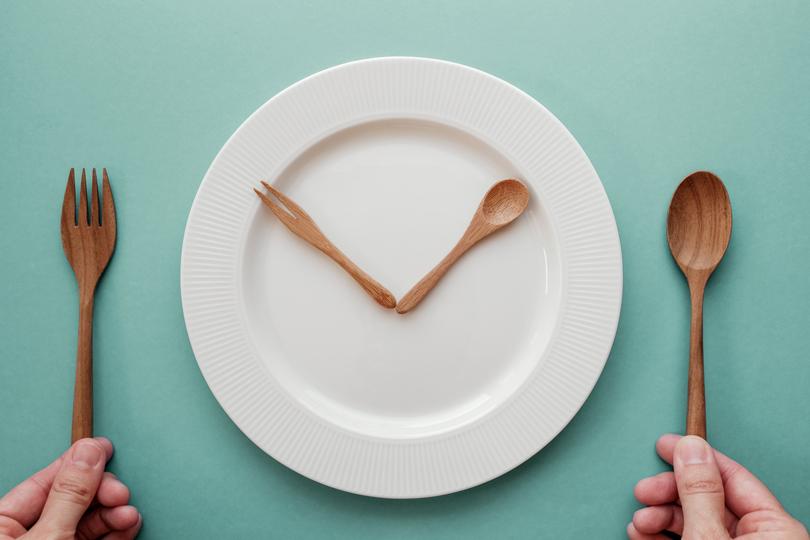 الصيام المتقطع.. نظام غذائي يساعد النساء على الحد من السمنة