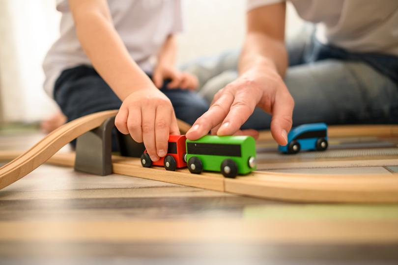 مبادئ التربية الإيجابية: الطفل واللعب