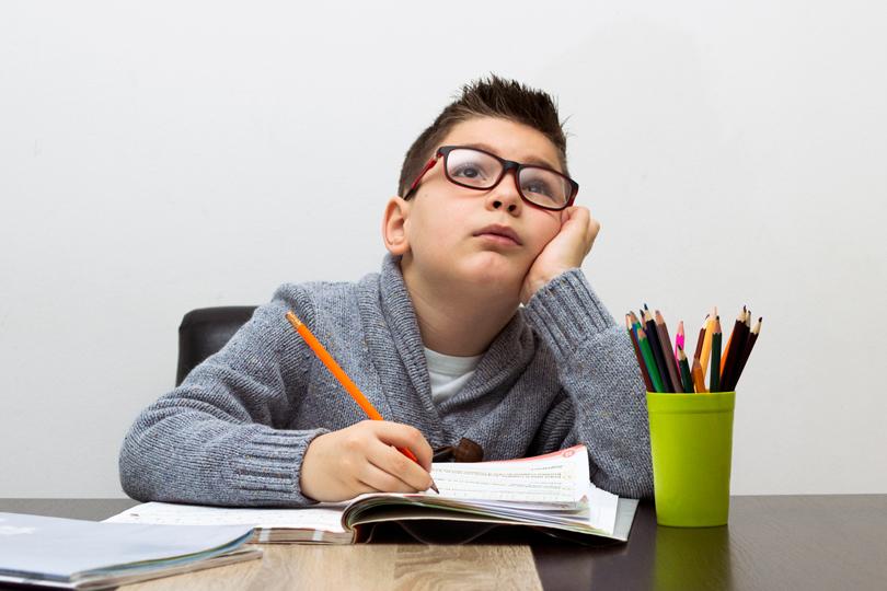 التأتأة واضطراب الطلاقة في مرحلة الطفولة