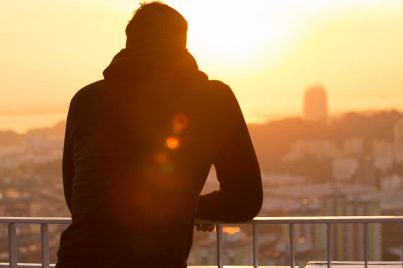 كيف تعالج معضلات السلوك اليومي: الكلام المختصر