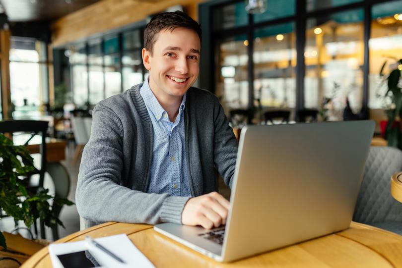 كيف تؤثر حالتك المزاجية على العمل؟