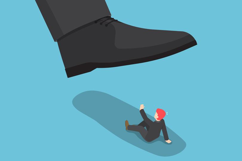 كيف يولد الاستبداد والأزمات الحزبية؟