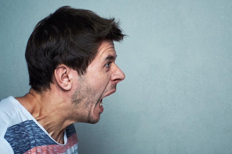 عصبية الرجل.. كيف تواجه المرأة غضب زوجها