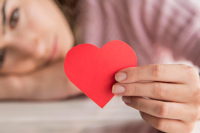 كيف يؤثر الإهمال العاطفي على الحياة الزوجية ؟