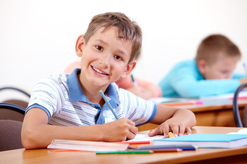كيف يتم تنمية مخيلة الطالب والخروج من منهجية نسخ المعلومات؟