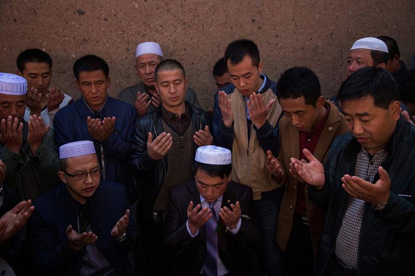 كيف يعامل المسلمون في الصين؟