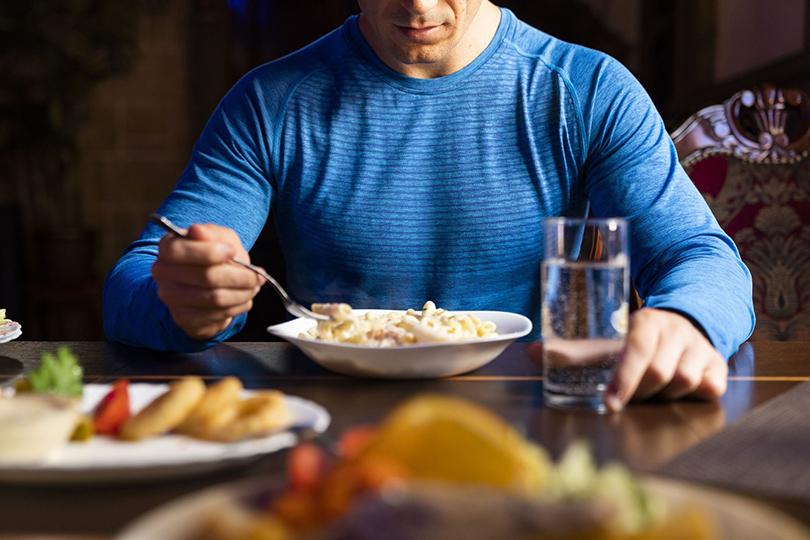 سنخبرك سرا: الكثير من الطعام ينقص الوزن!