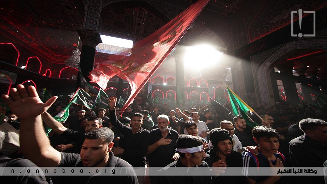 مقصد المشاركين في العزاء هو حرم الامام الحسين وأخيه العباس عليهما السلام