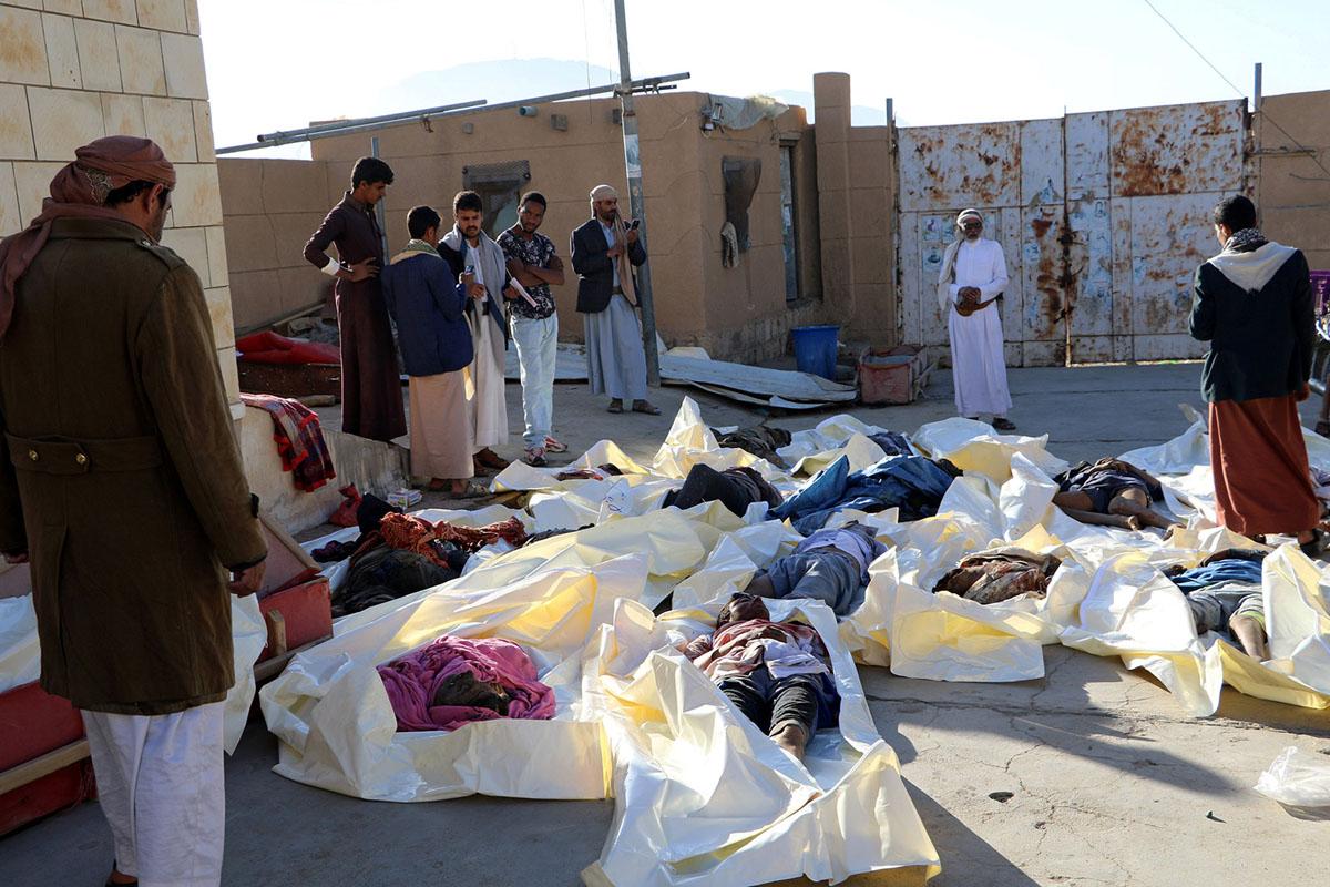 مجموعة من ضحايا القصف الذي طال المدنيين