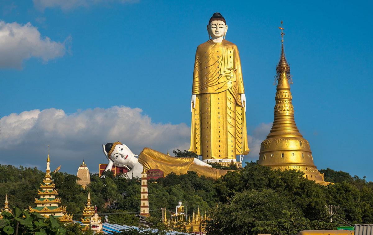 ميانمار، تمثال بوذا يقف على ارتفاع 380 قدم (115.8 متر)