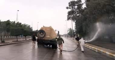 قامت مديرية الدفاع المدني في مربلاء المقدسة بعملية تعقيم وتعفير شوارع المدينة بعد اكتشاف إصابات بفيروس كورونا بالمحافظة.