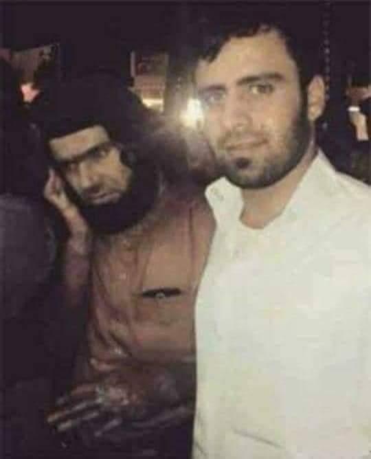 صورة للإرهابي مثنى إبراهيم عبدالله العنزي مع الارهابي شاكر وهيب