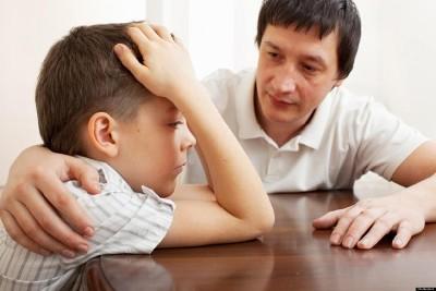 كيف تتعامل مع طفلك الحساس؟