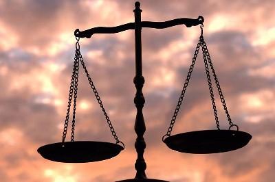 العدل وعلاقته بالإستقرار الأسري