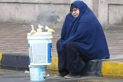المرأة العاملة على شفير الأمل.. سيدة المطر أنموذجا