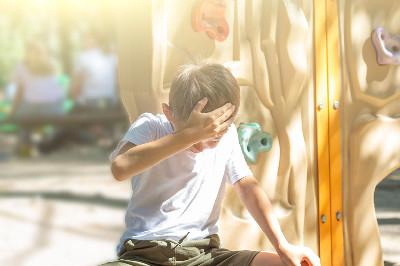 10 خطوات تساعد طفلك على تقبل الخسارة!