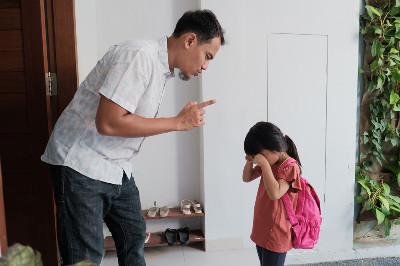 كيف تؤدب طفلك من دون استخدام العنف؟